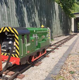 Class 08 Electric Shunter Running
