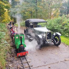 Steam loco and Auston car at Thorsby par