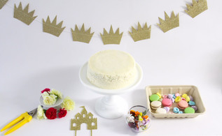 How to style your cake!