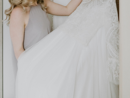 The Do's and Don'ts of Storing Your Wedding Dress Before The Wedding