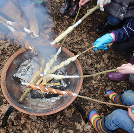 Learning from nature and Muddy Boots outdoor playgroups
