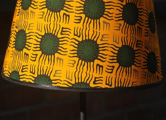 Lampe pied bois naturel abat jour jaune vert