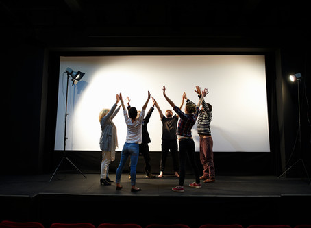 مروری بر تولید هنری در جامعه ایرانی: جامعه ایرانیان کانادا نیازمند مراکز فرهنگی قدرتمند است
