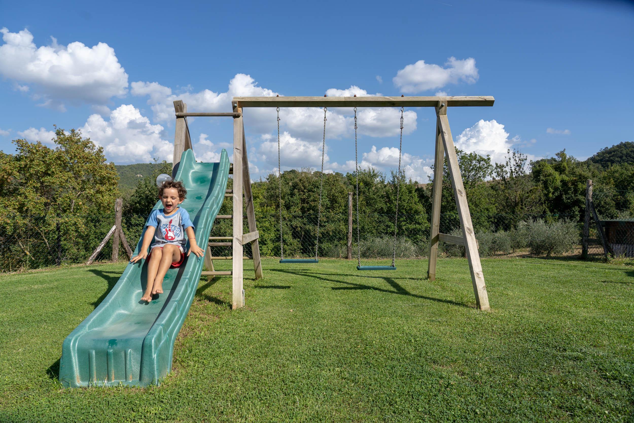 playground-Agriturismo-Montelovesco