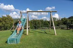 Giochi-bambini-Agriturismo-Montelove
