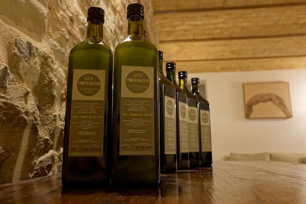extra-virgin-olive-oil-Montelovesco