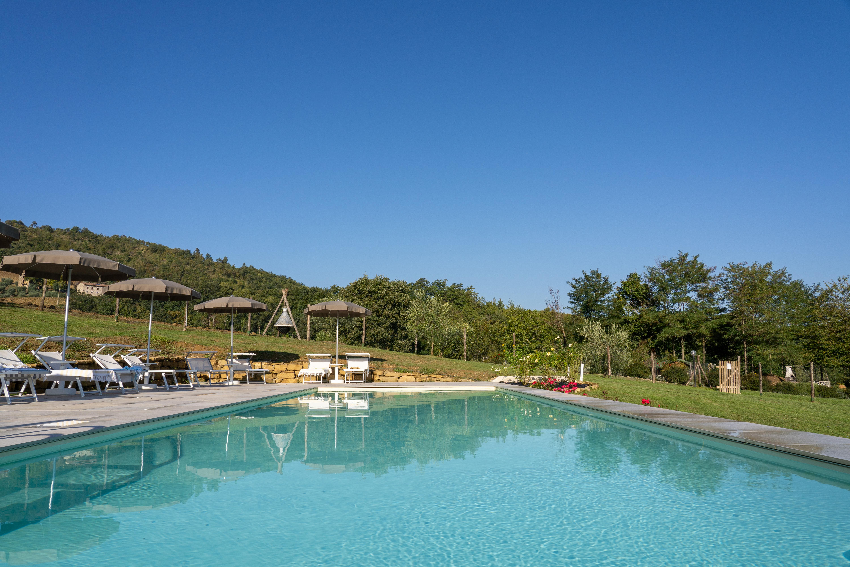 Pool-Agriturismo-Montelovesco