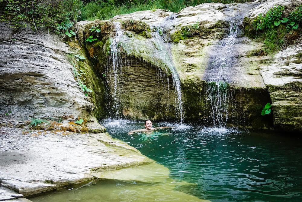 waterfalls-agriturismo-Montelovesco