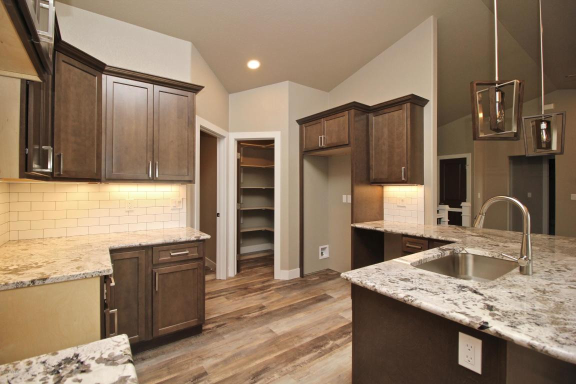 40 PS Kitchen Pantry.jpg