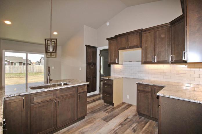 40 PS Kitchen 4.jpg
