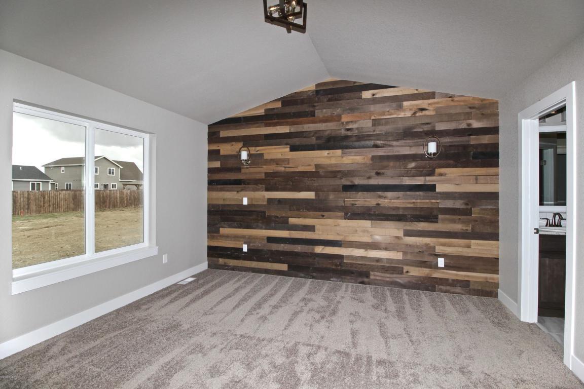 40 PS Master Bedroom.jpg