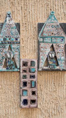 סמלי השבטים גד (מחנה צבא) ולוי (אבני החושן)