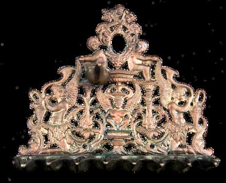 מנורת חנוכה עם סמל האפיפיור ומלאכים, איטליה, המאה ה-18 לערך, ברונזה