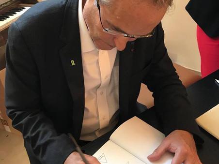 """Conférence du Pr Perronne sur son livre """"La Vérité sur la maladie de Lyme"""""""