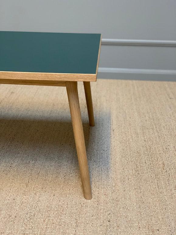 Sofabord AA-32 sofa.jpg