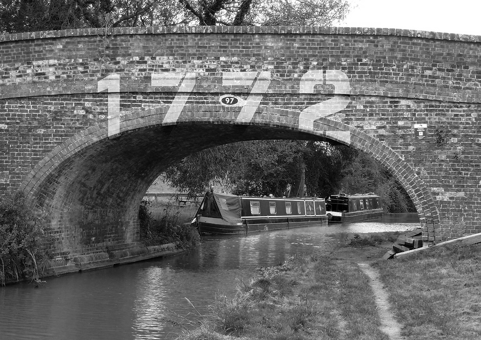 1772 canal sign 2 b&w.png