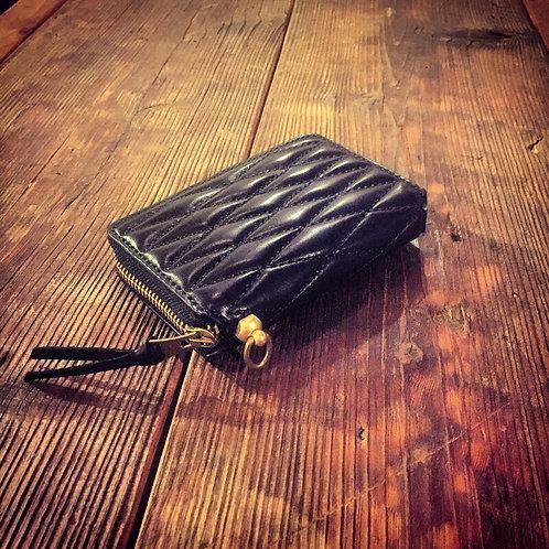 Round Zip Middle Wallet Type2 Diamond Stitch Black