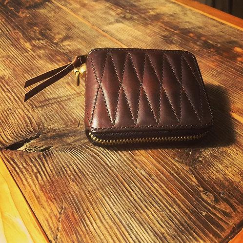 Round Zip Short Wallet Diamond Stitch BROWN