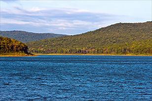Bull Shoals Dam, Arkansas Fishing