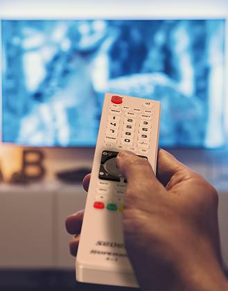Télécommande universelle – 4 en 1 – programmable par USB