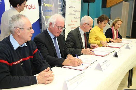 Signature de convention de coopération entre le SDIS du Pas-de-Calais, la Communauté Urbaine d'Arras