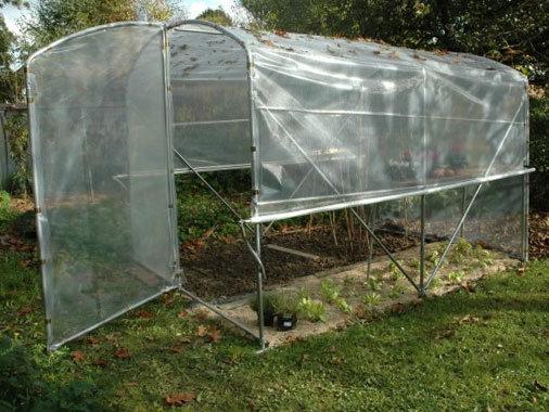 Serre petit jardin aérations latérales Larg x2m40  acier renforcé 3mmx2mm