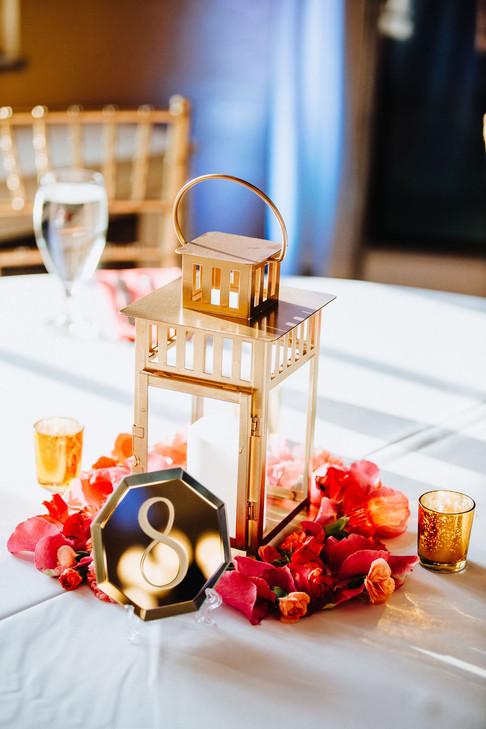 Guest Tables Medium Arrangements