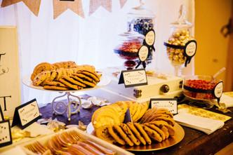 Rustic Style Dessert Table