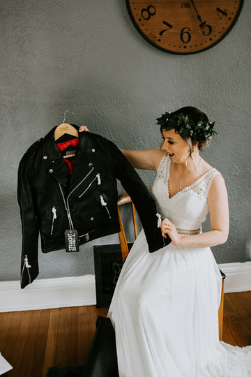 The Winner of Bride's Gifts