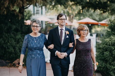 Groom and Moms