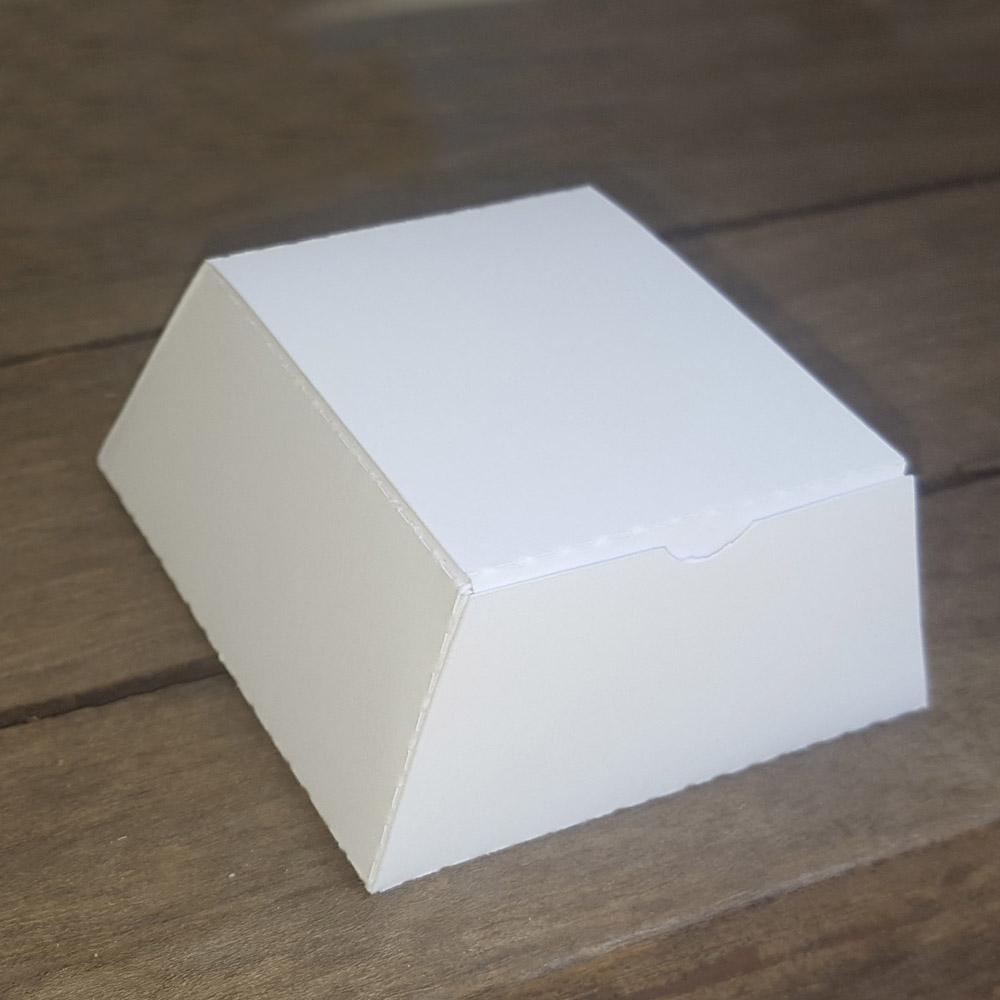 BOX818