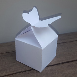 BOX710.jpg