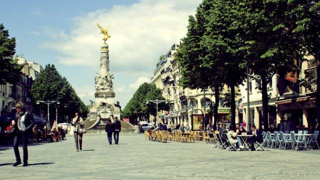 place-erlon-reims-tourisme.jpg