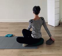 Posture-stretching-yoga.jpg