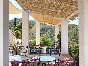 Ah, the south terrace at _finca_la_marom