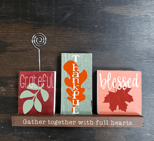DIY: 4pc Dual Holiday Set with photo holder