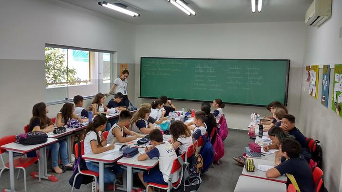 Salas de aula com ar-condicionado