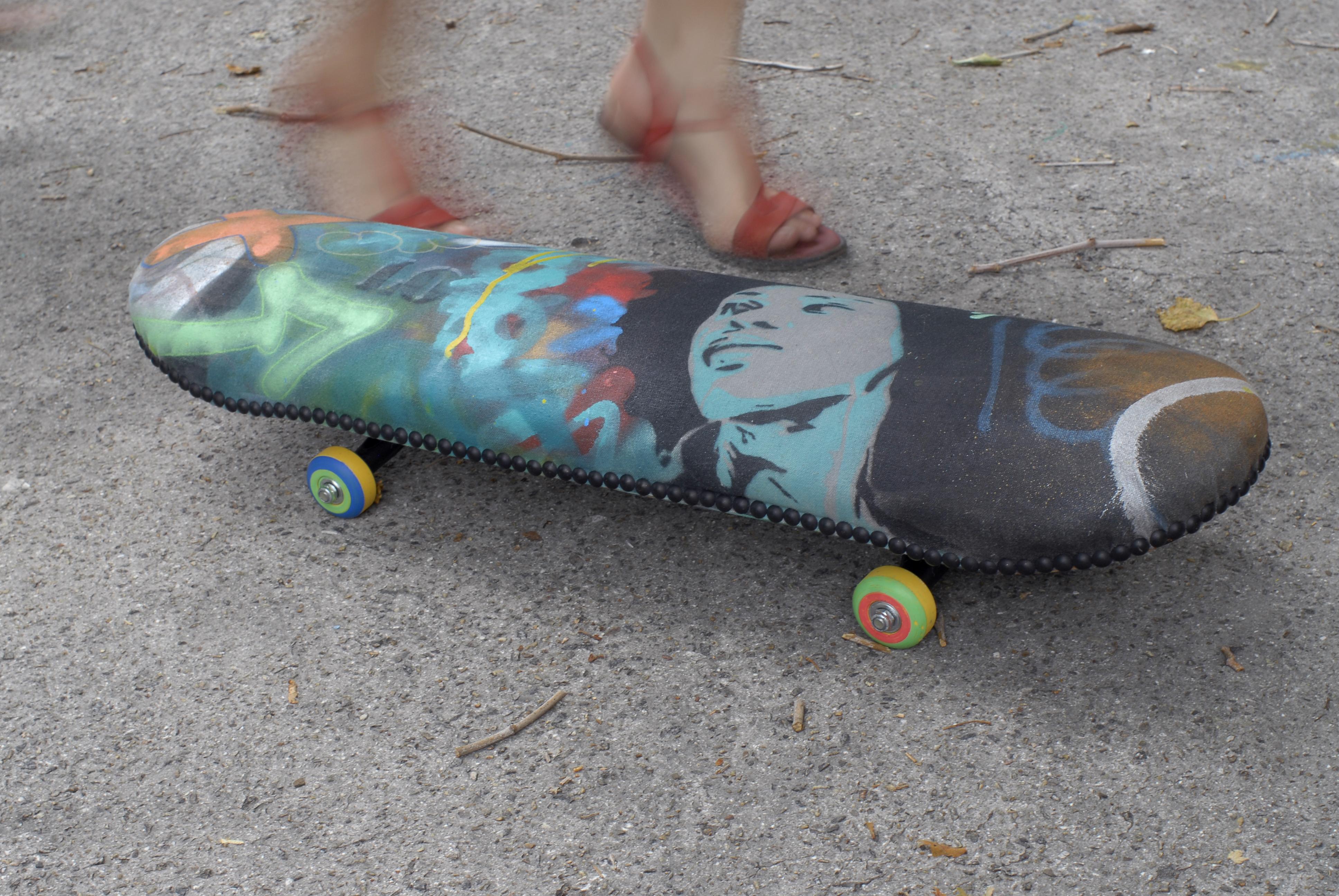 Skate Pouf