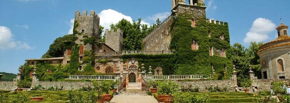 castelo-de-Celsa-região-da-Toscana-Itá