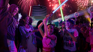 star-wars-at-sea-fireworks-16x9.webp