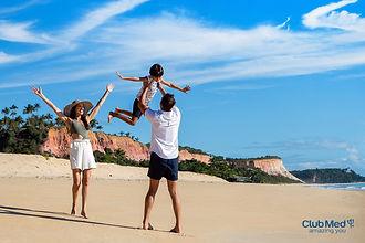 Club med Trancoso praia familia.jpg