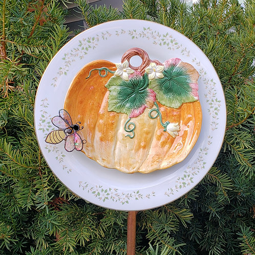 Pumpkin Glass Bee