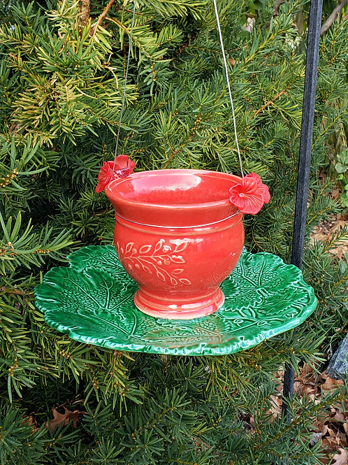 Red and Green Feeder