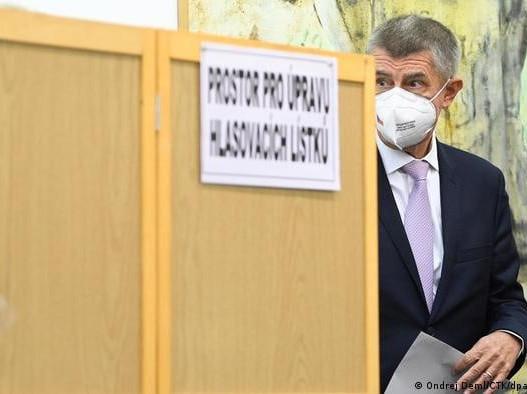 Выборы в Чехии: Резкий поворот вправо
