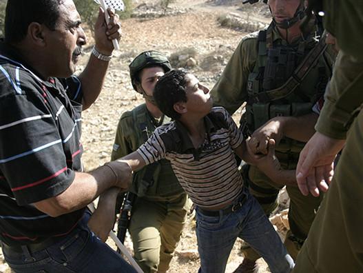 Почему Израиль является расистским государством