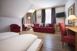 Hotel Cristallo, Tobristallino haupt