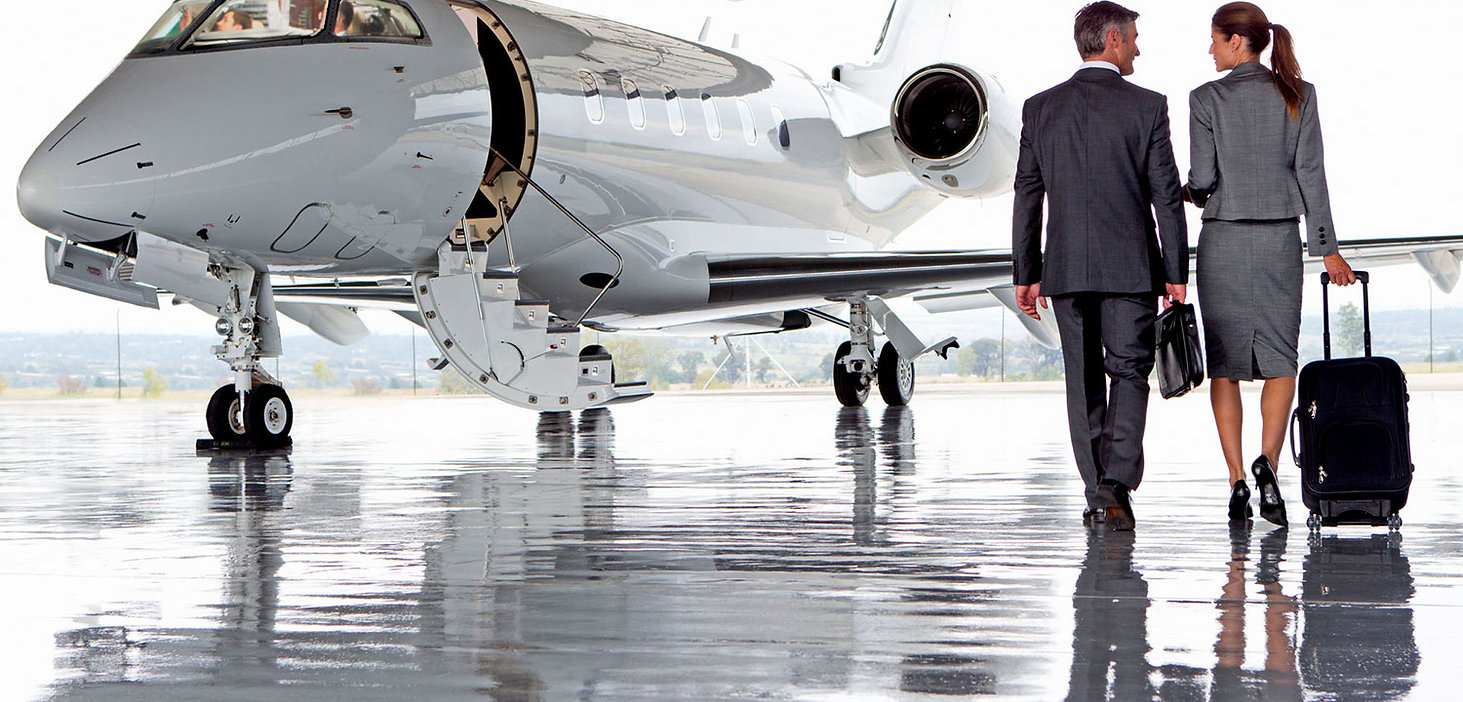 executives-walking-towards-jet-1500.jpg