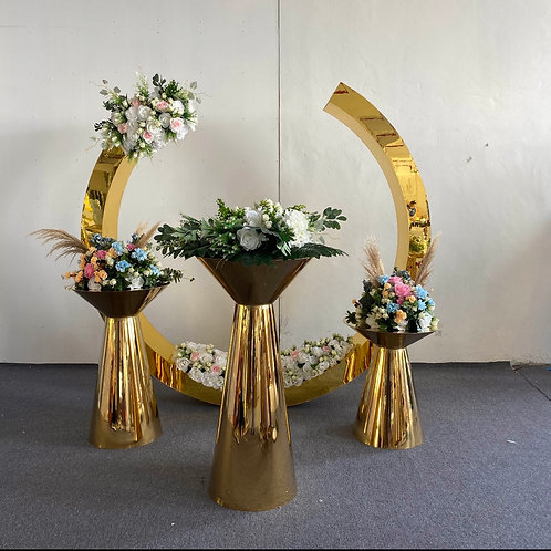 24K Arch and Pedestal Package