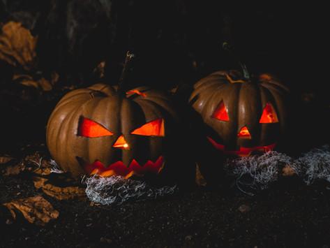 Relationship between horror and darkness