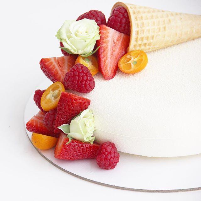 белый торт кудрово